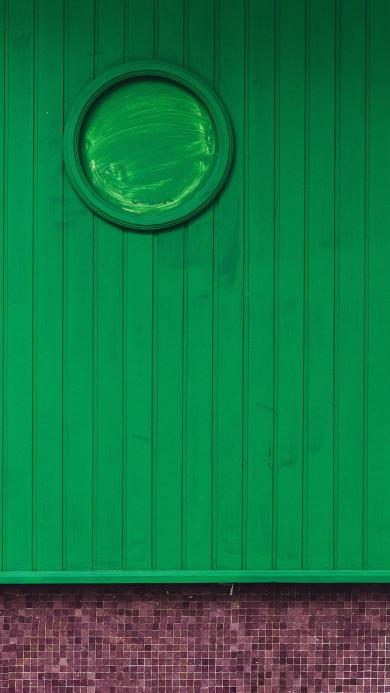 墙壁 竖条 圆框 绿色 窗户