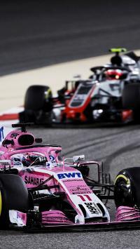 F1赛车 炫酷 速度 赛道 法拉利 比赛