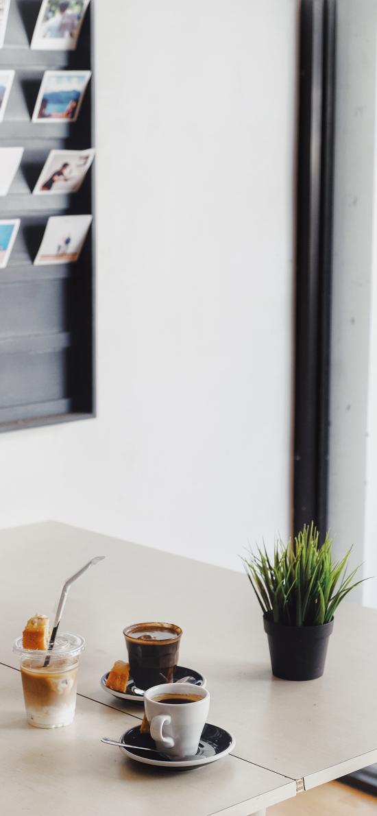 办公桌 饮品 咖啡 小盆栽