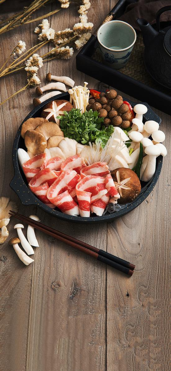 火锅 肥牛 菌菇 蔬菜