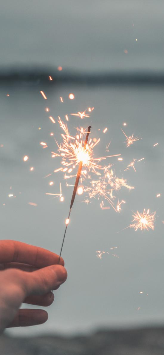 小烟花 点燃 庆祝 火花