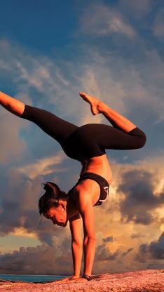 瑜伽 健身 运动 倒立 形体
