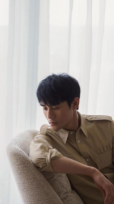 王凯 演员 明星 艺人 沙发