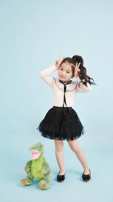 阿拉蕾 崔雅涵 小女孩 萌 可爱 写真 公主裙