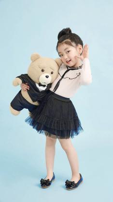 阿拉蕾 崔雅涵 小女孩 萌 可爱 写真 公主裙 熊娃娃