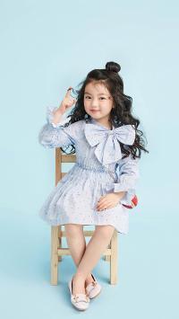 阿拉蕾 崔雅涵 小女孩 萌 可爱 卷发 写真