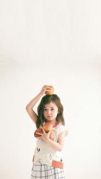 小女孩 欧美 儿童 童模 时尚 苹果
