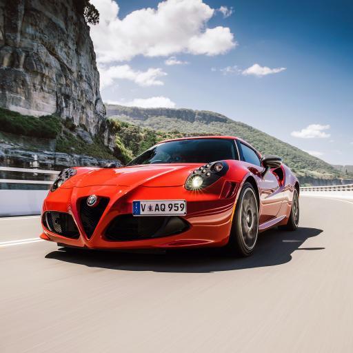 阿尔法·罗密欧 意大利 超级跑车 炫酷 行驶 红色