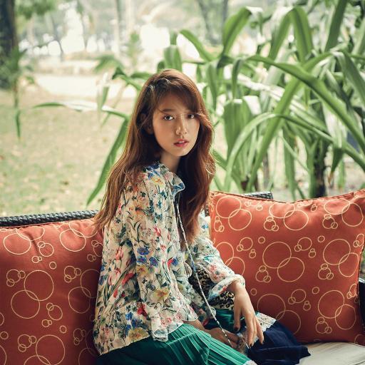 朴信惠 韩国 演员 明星 艺人 碎花