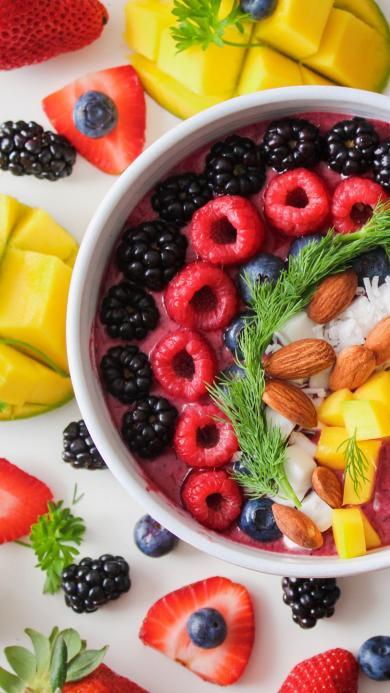 水果 丰富 草莓 奶昔 坚果 蓝莓 芒果 拼盘
