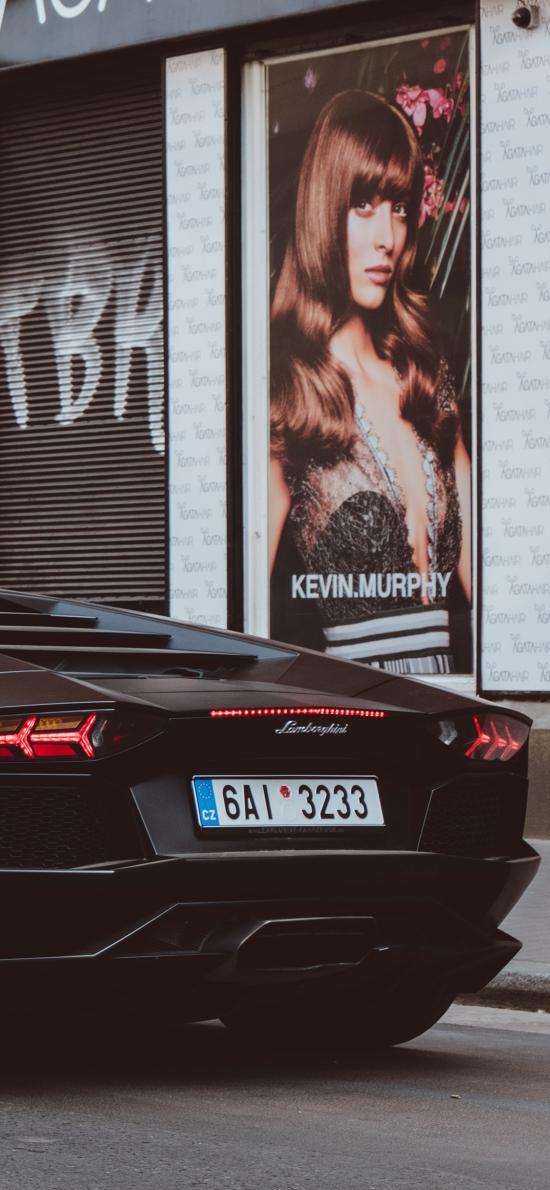 跑车 尾部 街头 广告