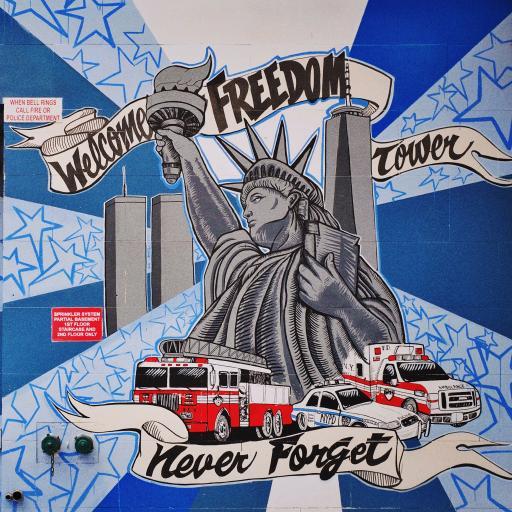 街头 墙绘 美国 自由女神像