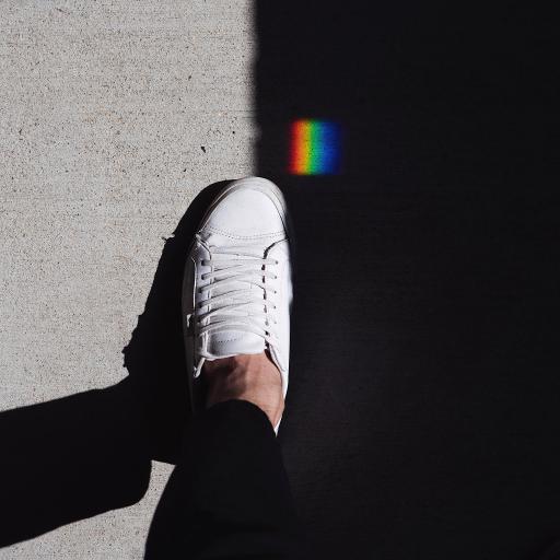 鞋子 小白鞋 板鞋 彩虹光