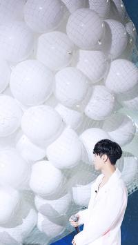 张艺兴 白色 歌手 演员 明星 气球