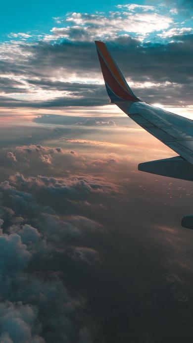 机翼 高空 云层 彩霞