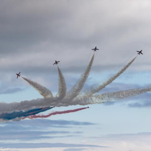 飞机 航展 飞行 战斗机 烟雾