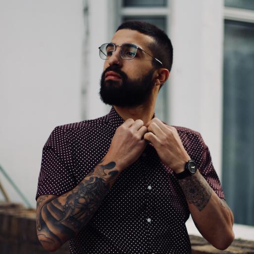 个性 纹身 帅气 男子 大胡子
