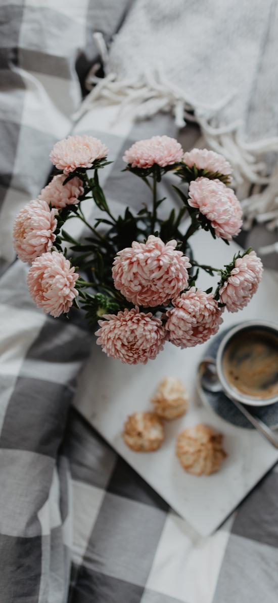 早餐 鲜花 咖啡 床