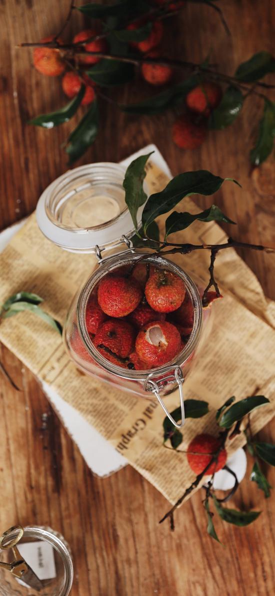 水果 玻璃罐 荔枝 枝叶