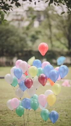 气球 色彩 欢乐 装饰 庆祝 草坪