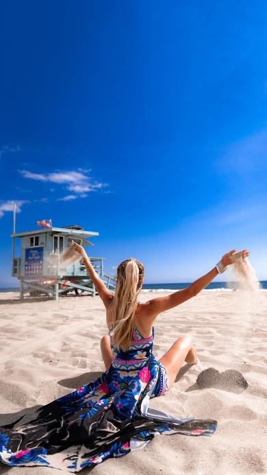 沙滩 美女 背影 度假 休闲
