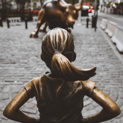 艺术 街头 铜像 背影