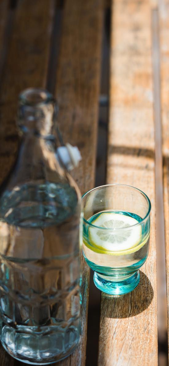 水 柠檬 玻璃瓶 阳光