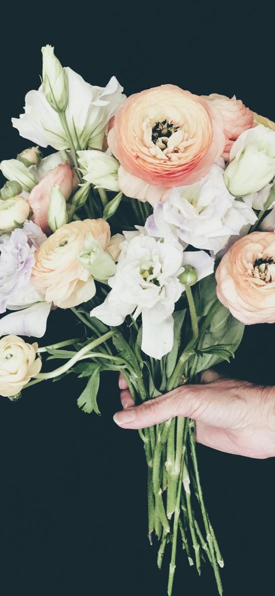 花束 鲜花 院级 花苞 手部