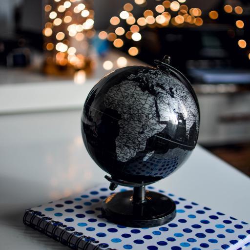 地球仪 小型 黑色 别致