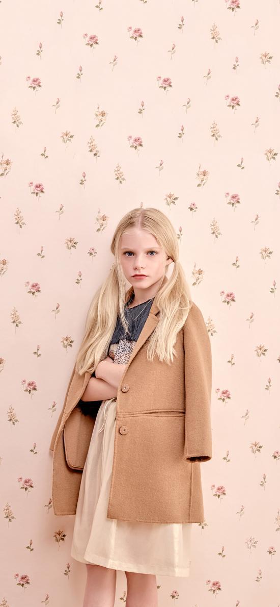 小女孩 欧美 童模 儿童 粉色 时尚