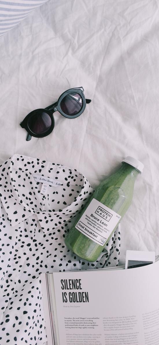 静物 简洁 果汁 墨镜 衬衫