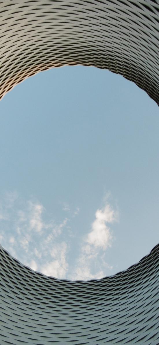 建筑 圆窗 蓝天白云
