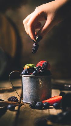 杯子 水果 草莓 蓝莓 桑葚