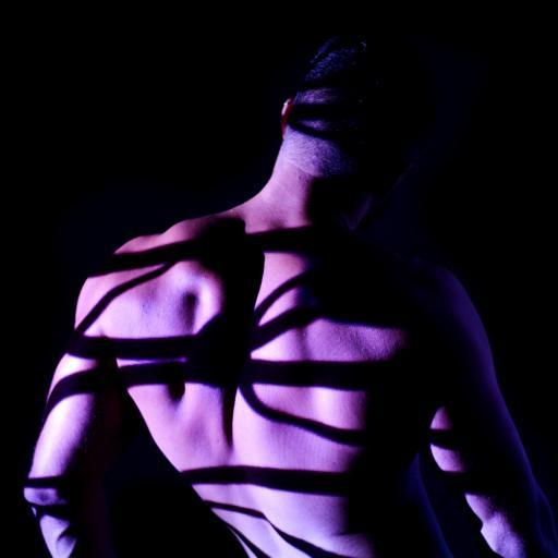 型男 健身 背影 肌肉 线条