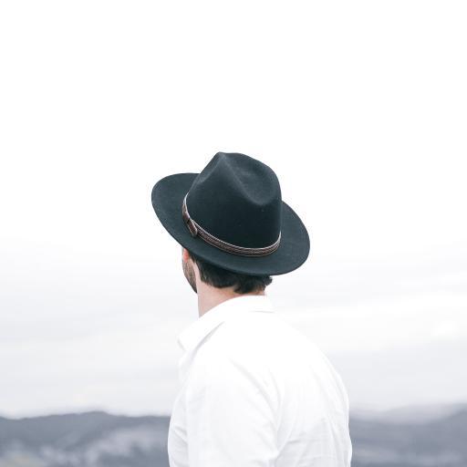 帽子 背影 侧身 衬衫