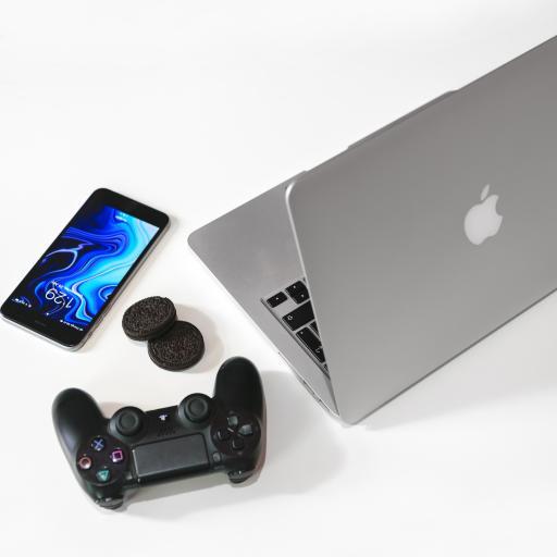 科技产品 笔记本 手机 游戏机