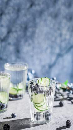 玻璃杯 青瓜片 黑树莓