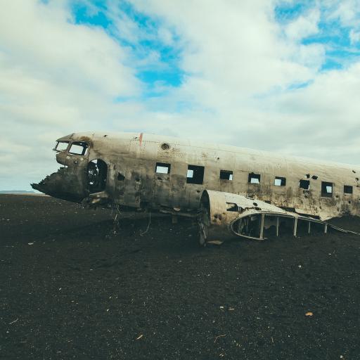 飞机 残骸 破损 坠毁 航空