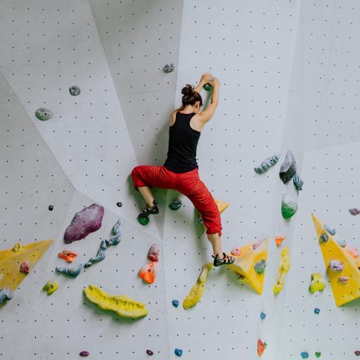 极限运动 攀岩 室内练习
