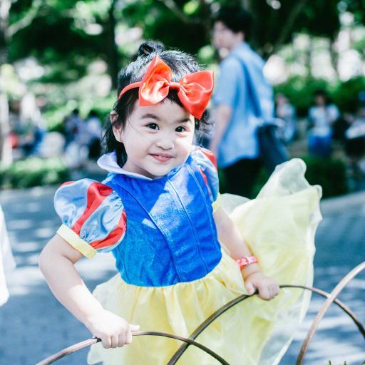 包饺子 小女孩 可爱 笑容 白雪公主