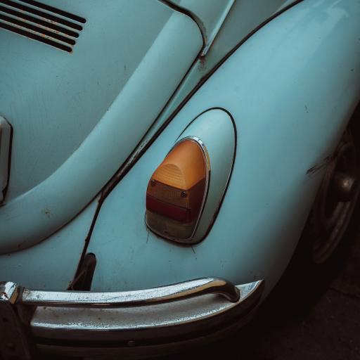 汽车 车灯 老化 老式