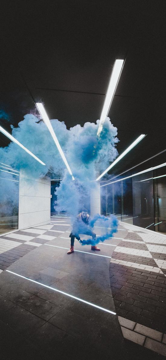 烟雾弹 信号弹 蓝色烟雾 面具