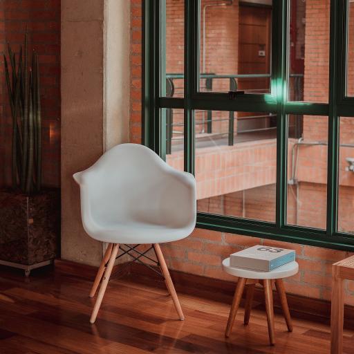 家居 椅子 简约 装饰  窗台