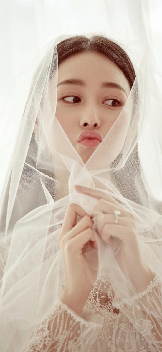 张馨予 演员 明星 艺人 唯美 婚纱 新娘