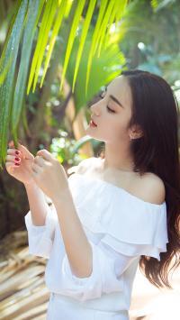 迪丽热巴 演员 明星 艺人 叶子