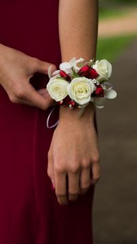 花环 手部 鲜花 礼花