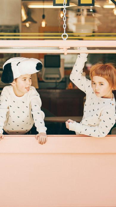 儿童 孩子 孩童 窗边 童模