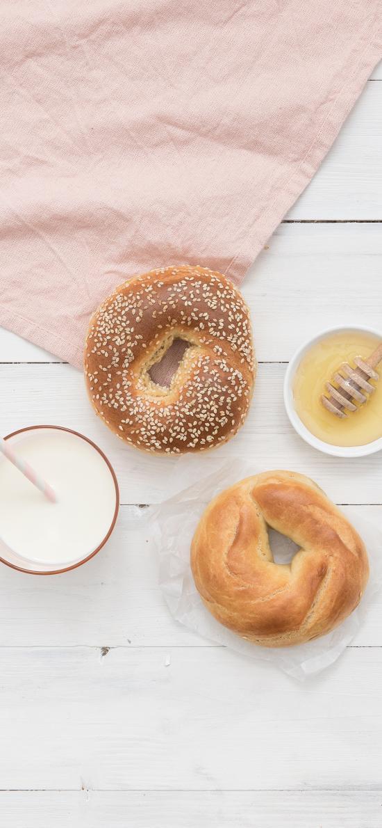 面包 蜂蜜  牛奶 餐点