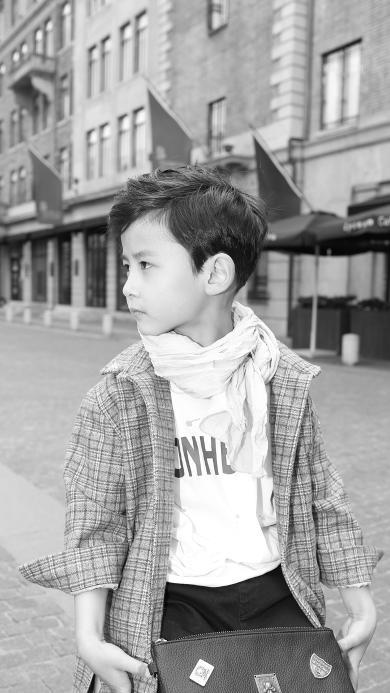小男孩 黑白 时尚 街拍 儿童