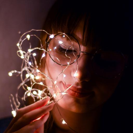 灯串 发光 人像 灯泡